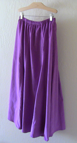 Modest skirt with pockets in Amethyst Corduroy