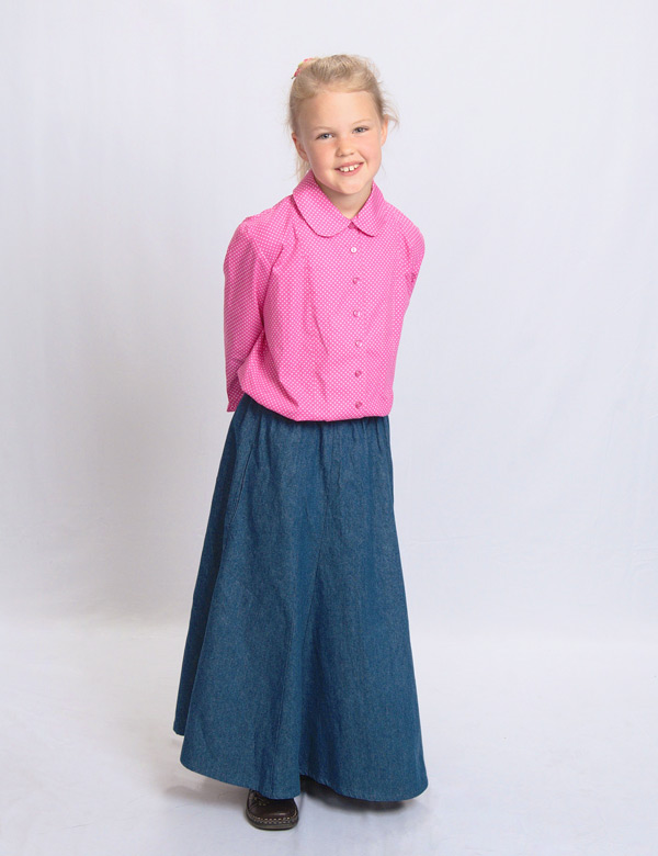 Pink Dots blouse with the denim long skirt